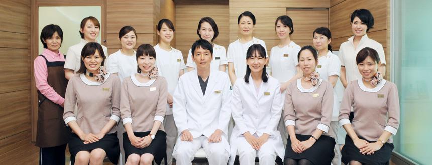 2018年6月に開院した新しいクリニック。皮膚科・循環器内科を中心に八代の皆様の「健康」と「美」を幅広く診させて頂きます。